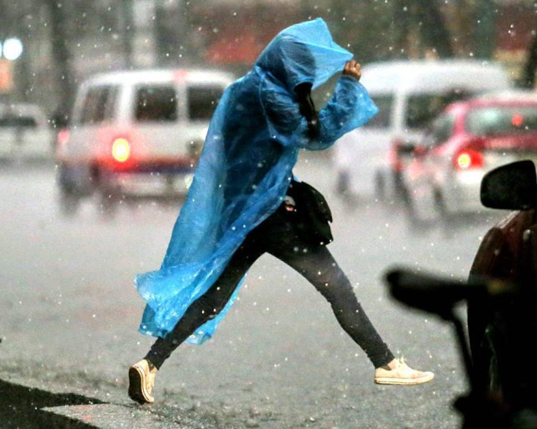 Activan alerta amarilla en delegaciones de la CDMX por frío y lluvia. Foto: Instagram / abriloscar10