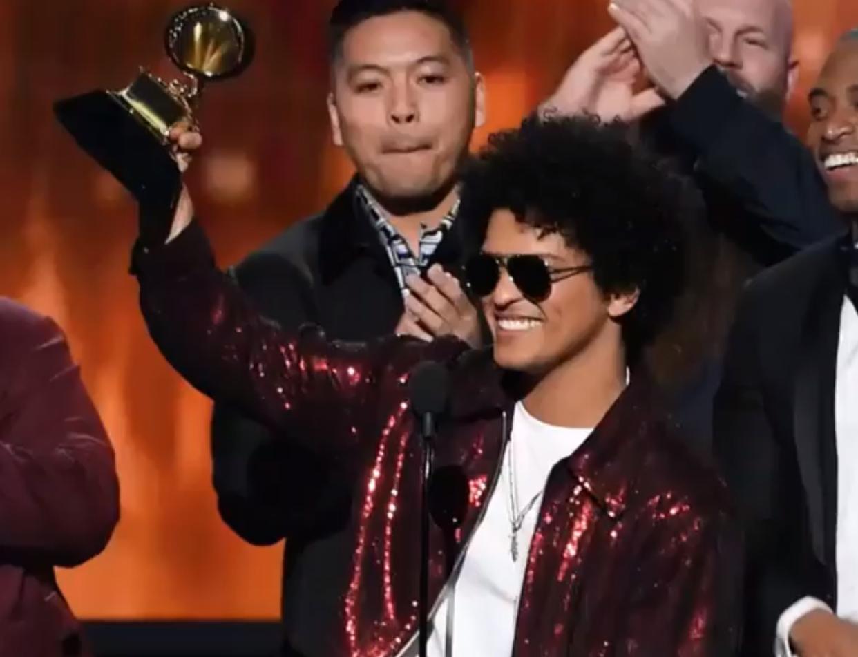 Bruno Mars se posicionó como uno de los grandes ganadores de los Grammy 2018. Foto: Instagram / recordingacademy