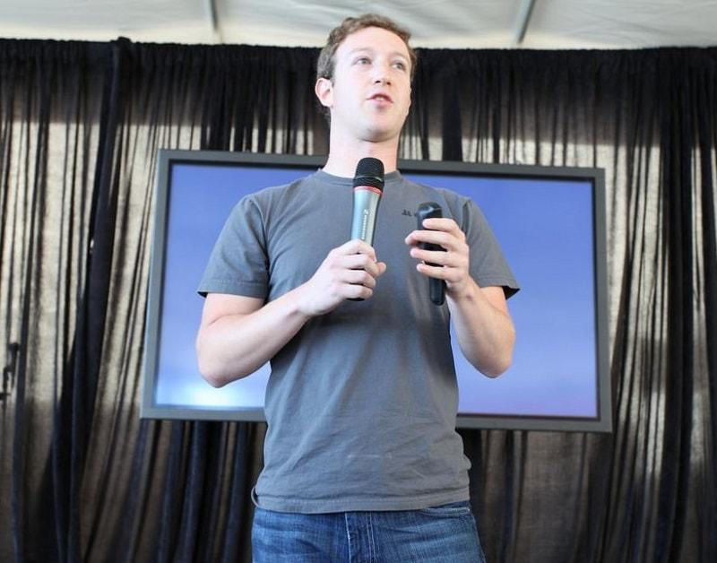 Marck Zuckerberg, creador de Facebook, comparecerá ante el senado norteamericano por las filtraciones de datos de sus usuarios. Foto: Flickr.