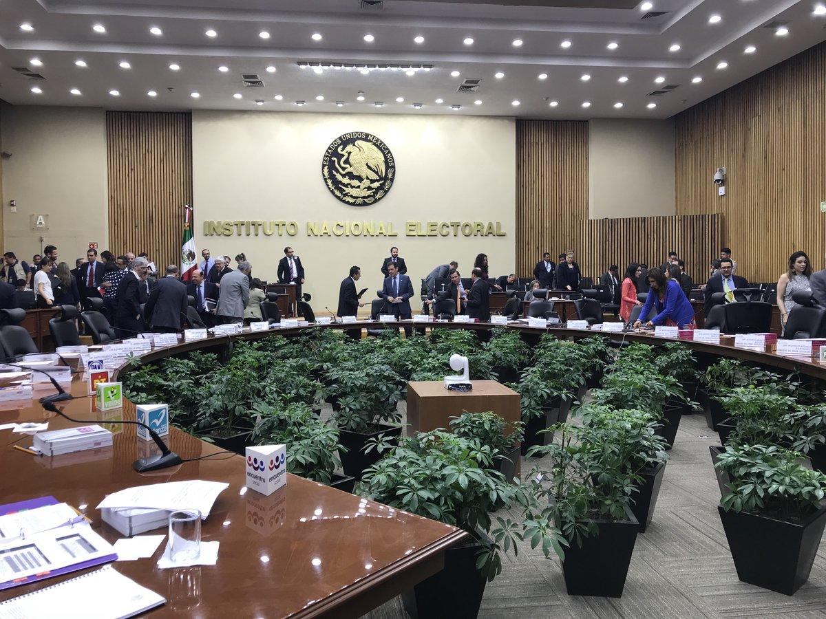 el debate se realizará en cuatro bloques, donde se tratarán temas como: seguridad, corrupción e impunidad, etc. Foto: @INEMexico