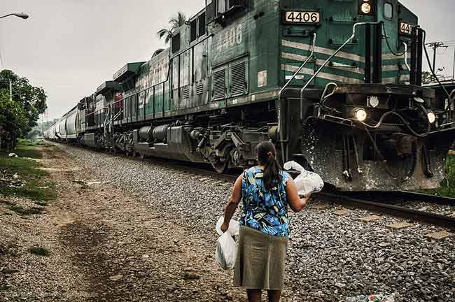 ¿Están los migrantes indocumentados perdiéndole el miedo a Donald Trump? (Foto: Michal Huniewicz)