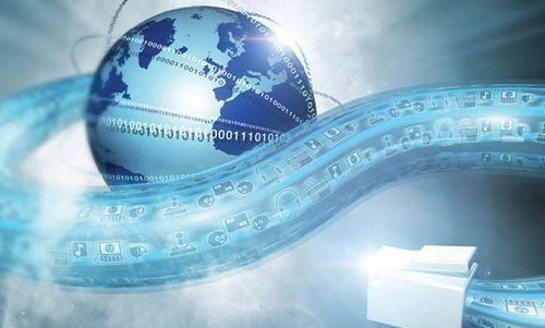Los principios básicos de la gobernanza del Internet son: la participación abierta, inclusiva y transparente.