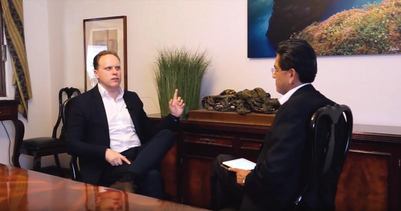Daniel Lacalle es un economista español, analista en jefe y administrador de fondos de inversión.