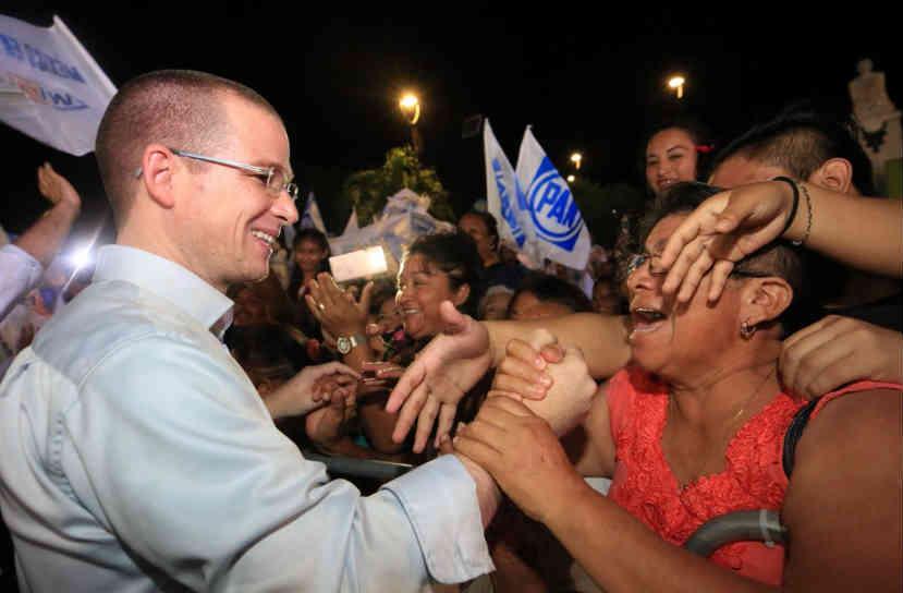 @RicardoAnayaC en campaña ha dicho en varias ocasiones la adquisición directa de contratos de Rioboó.