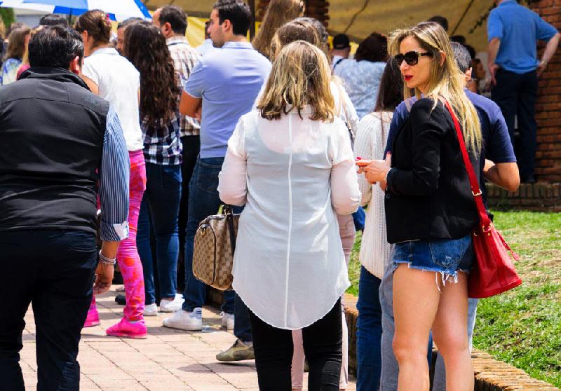 Ciudadanos de las zonas más lujosas de la ciudad llegaban temprano a votar.