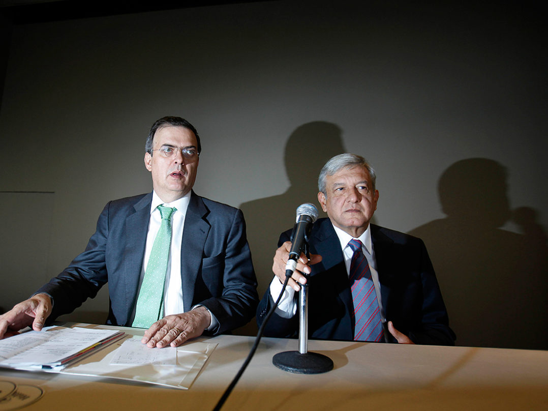 AMLO anuncia a Marcelo Ebrard como el titular de la SRE.