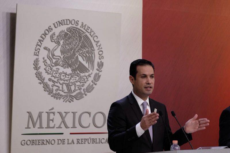 Director General del IMSS Tuffic Miguel en conferencia de prensa Foto: Twitter Tuffic Miguel