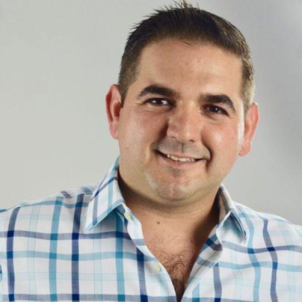 Alcade electo de Ciudad Mier, Roberto González Foto: Twitter Roberto González Hinojosa