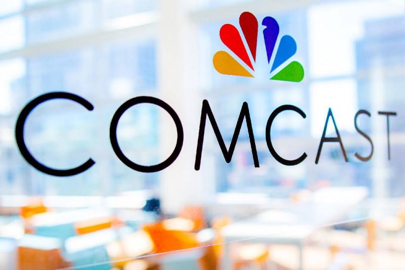 Comcast retira oferta de 65 millones de dólares por Fox y decide concentrarse en adquirir Sky.