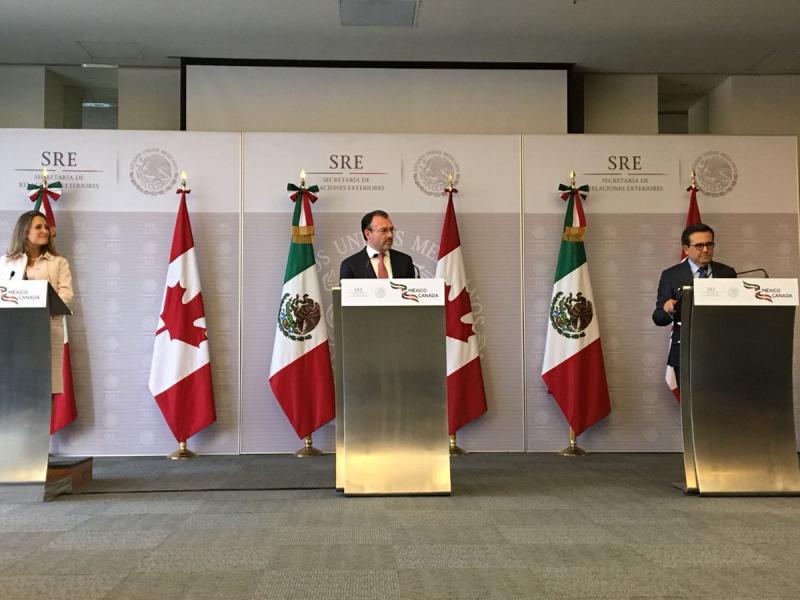 Chrystia Freeland, Luis Videgaray e Ildefonso Guajardo en conferencia de prensa Foto: Twitter Secretaria de Relaciones Exteriores @SRE_mx