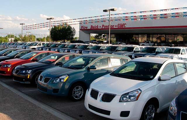 Una de cada 10 ventas de vehículos serán perdidas en EU. Foto: Albuquerque Film Office / algunos derechos reservados.