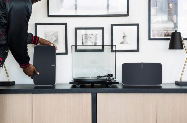 Horas después de que Sonos abriera en Nasdaq, sus acciones incrementaron 25% en un valor de 16 a 25 dólares.