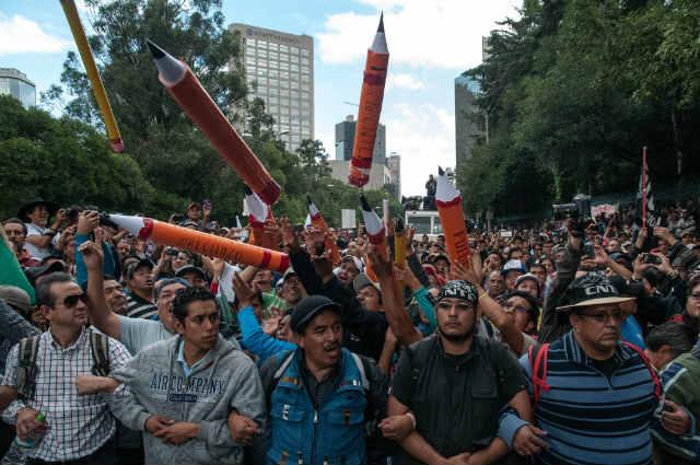 Las apariciones mediáticas de Esteban Moctezuma Barragán no han convencido a la CNTE (Foto: Eneas de Troya)