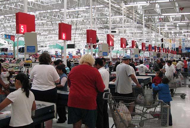 Walmart continúa con su política de expansión en el sector popular de México (Foto: Bill McChesney)