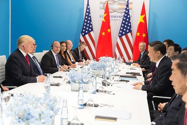 La guerra comercial entre China y EU se acalora cada vez más (Foto: Oficina de la Casa Blanca)