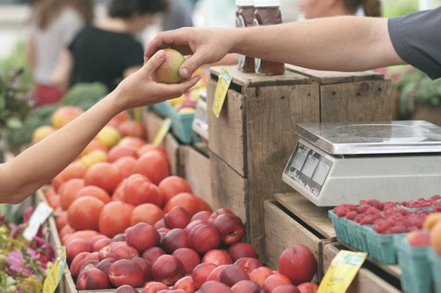 El tomate verde tuvo una variación mensual de 49.69%.