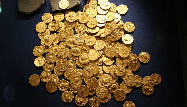 Los centenerios han perdido 10.9% su valor en un año. Foto: June/ algunos derechos reservados.