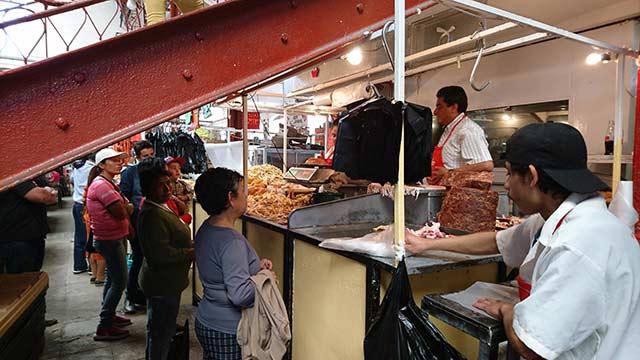 Michoacán y Querétaro fueron los estados que más bajaron el porcentaje de población sin acceso a la canasta alimentaria. Foto: Archivo Arena.