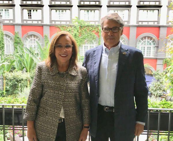 Reunión entre Rocío Nahle y Ricky Perry, Secretario de Energía de Estados Unidos Foto: Twitter Rocío Nahle @rocionahle