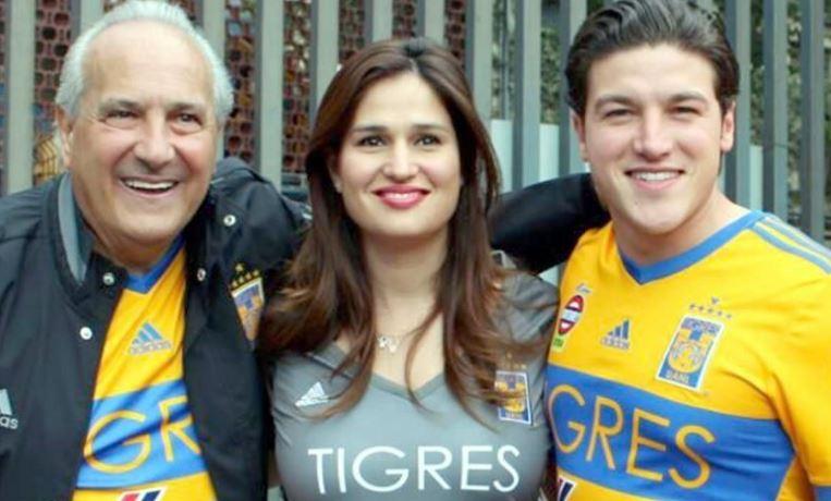 Samuel García, senador electo por Nuevo León, podría perder la elección debido al uso de playeras de fútbol como la de Tigres o la selección.