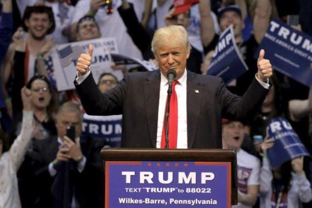 Donald Trumo cree que puede ganar la guerra comercial con China y estaría dispuesto a elevar los aranceles a más importaciones, de acuerdo con el WSJ.