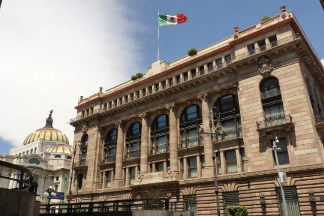 En un comunicado en conjunto, el Banco de México anunció cederle a Inegi el registro de turistas extranjeros.