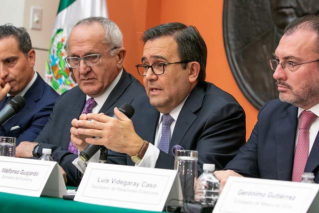 Ildefonso Guajardo reiteró la posición de México sobre firmar un acuerdo bilateral con EU, si Canadá no se sumaba al acuerdo al que ambos países llegaron en agosto. Foto: Embajada de México en EU.