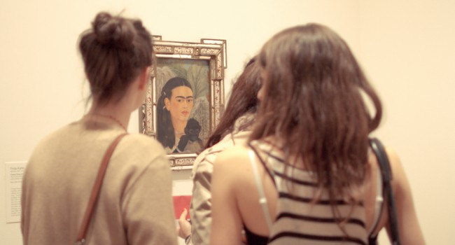 Retrato de Frida Kahlo en el Museo de Arte Moderno, NY (Flickr-creative commons)