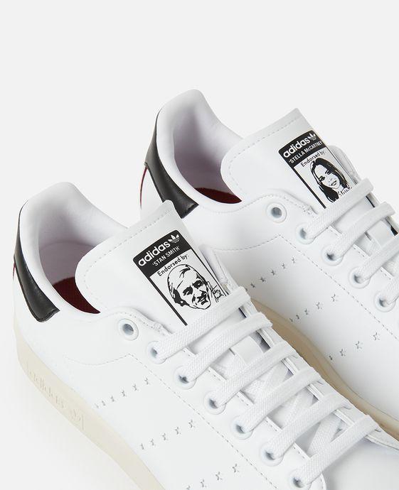 Los modelos Stan Smith de Stella McCartney son los primeros tenis veganos de Adidas. (Foto: Stella McCartney).