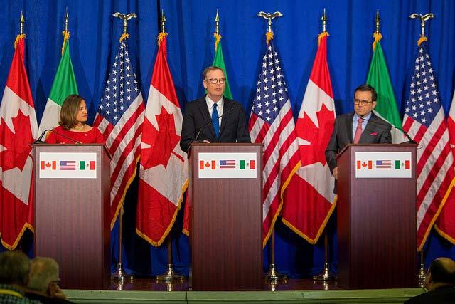 El 1 de octubre los senados de los países socios comenzarán a valorar el acuerdo al que llegaron los grupos negociadores. Foto:Embajada de México en EU.