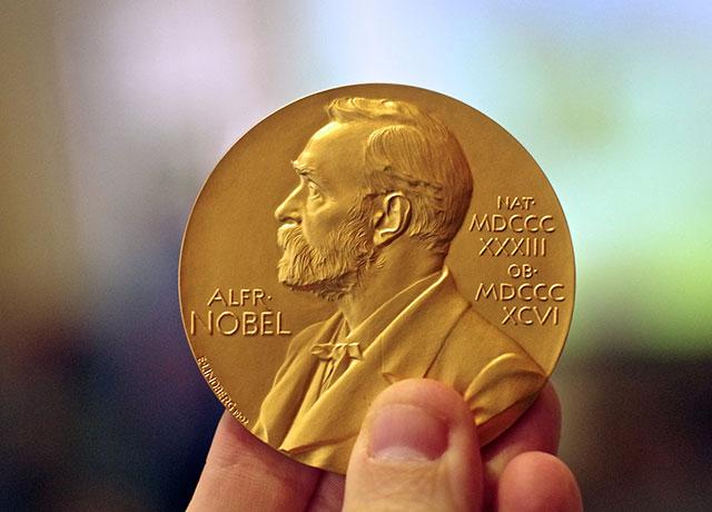 Además del galardón, los premiados reciben 9 millones de coronas suecas (Foto: Adam Baker)