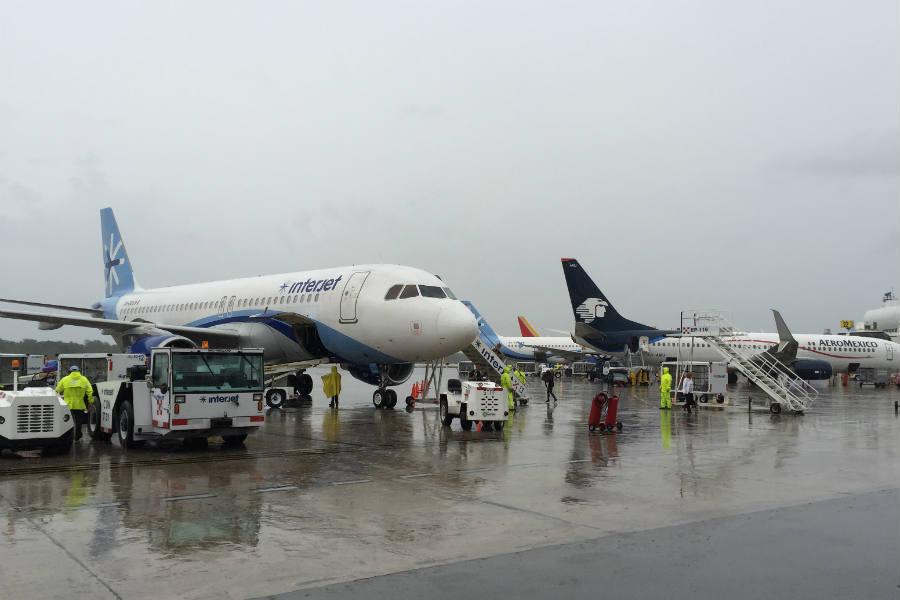 Despegar en el aeropuerto de Toluca cuesta más caro debido a que la altura exige quemar más combustible (Foto: Vmzp85)