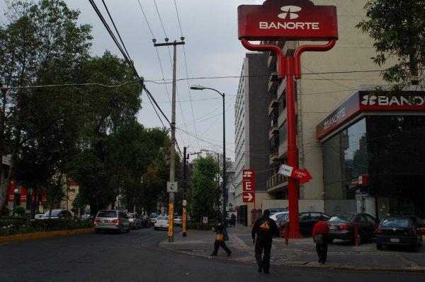 Banorte acumula una caída de 19.32% desde la apertura del mercado del jueves 8 de noviembre.
