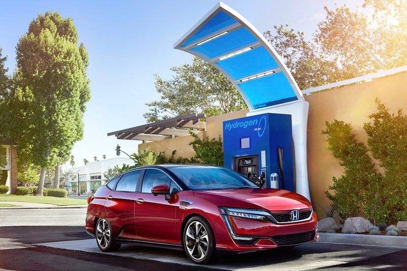 Aunque puede ser una alternativa sustentable, el uso de los autos con motor de hidrógeno no está generalizado en el mundo (Foto. Twitter@cnh2_es).