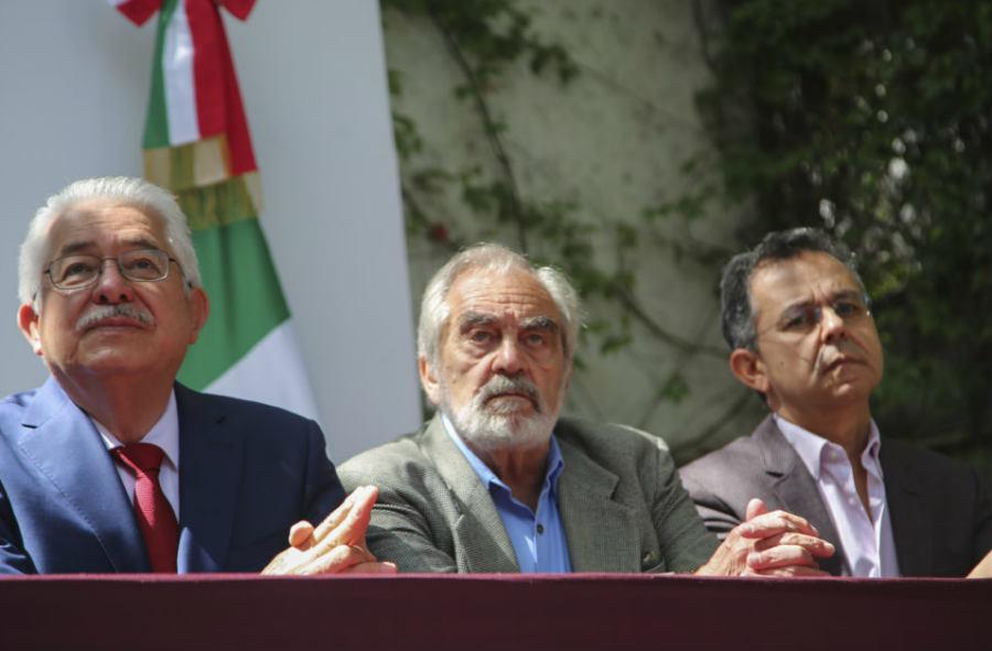 Raimundo Artis Espriú [centro] fue designado como responsable de la Estrategia Nacional Digital en el gobierno de AMLO (Foto:lopezobrador.com)