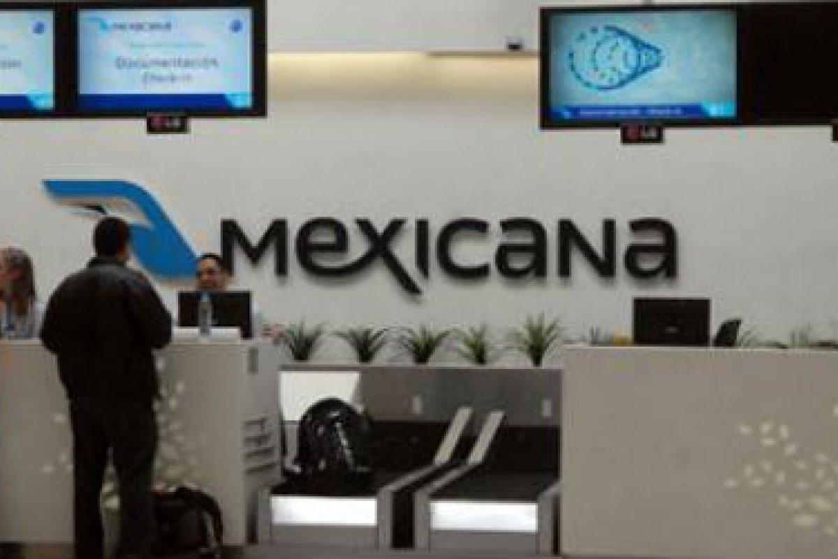 Mostrador de Mexicana de Aviación en el AICM.