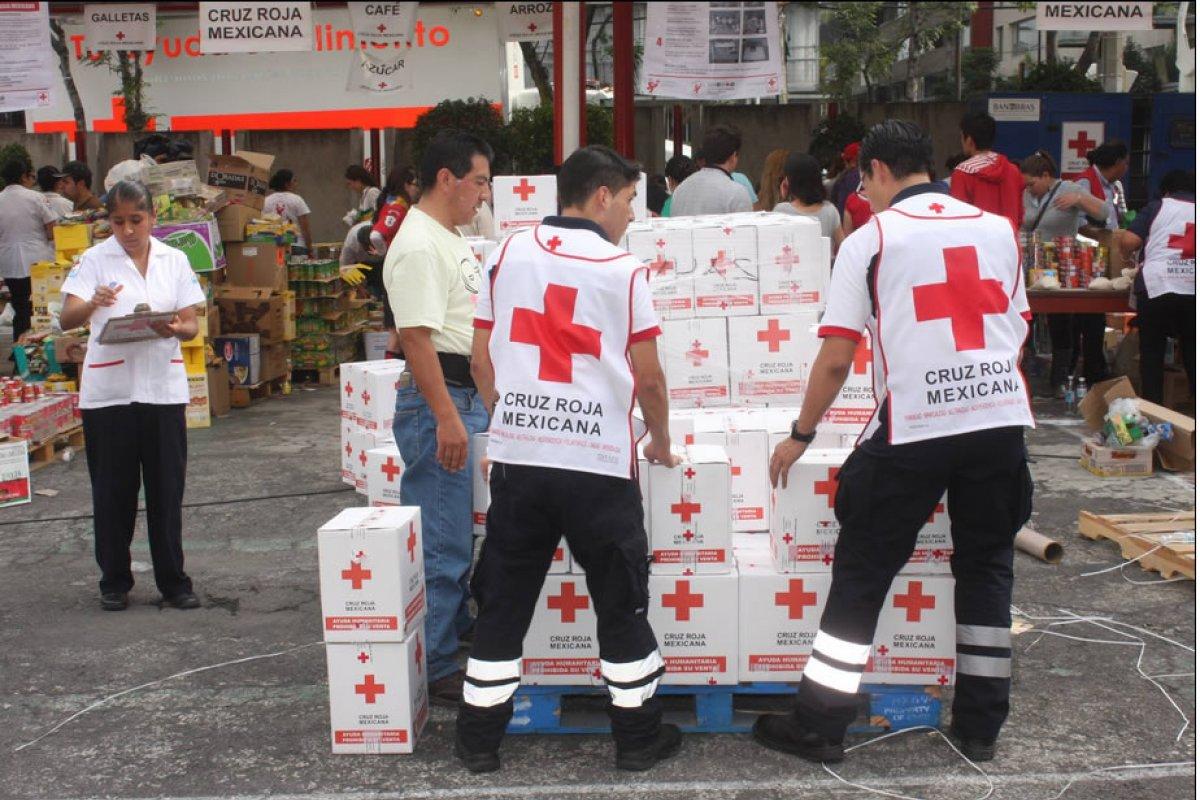 Acopio de la Cruz Roja Mexicana.