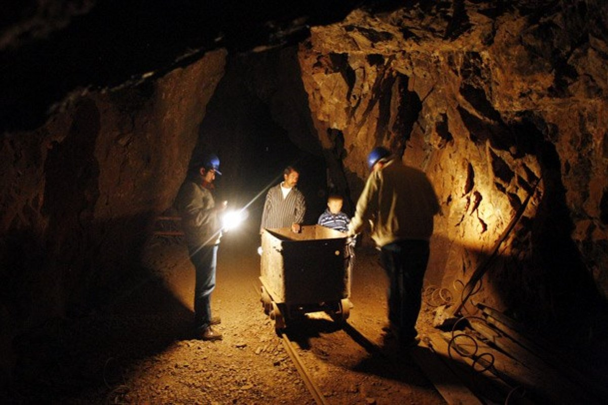 Industria Peñoles registró una baja de 31.6% en sus ventas netas al tercer trimestre del 2013