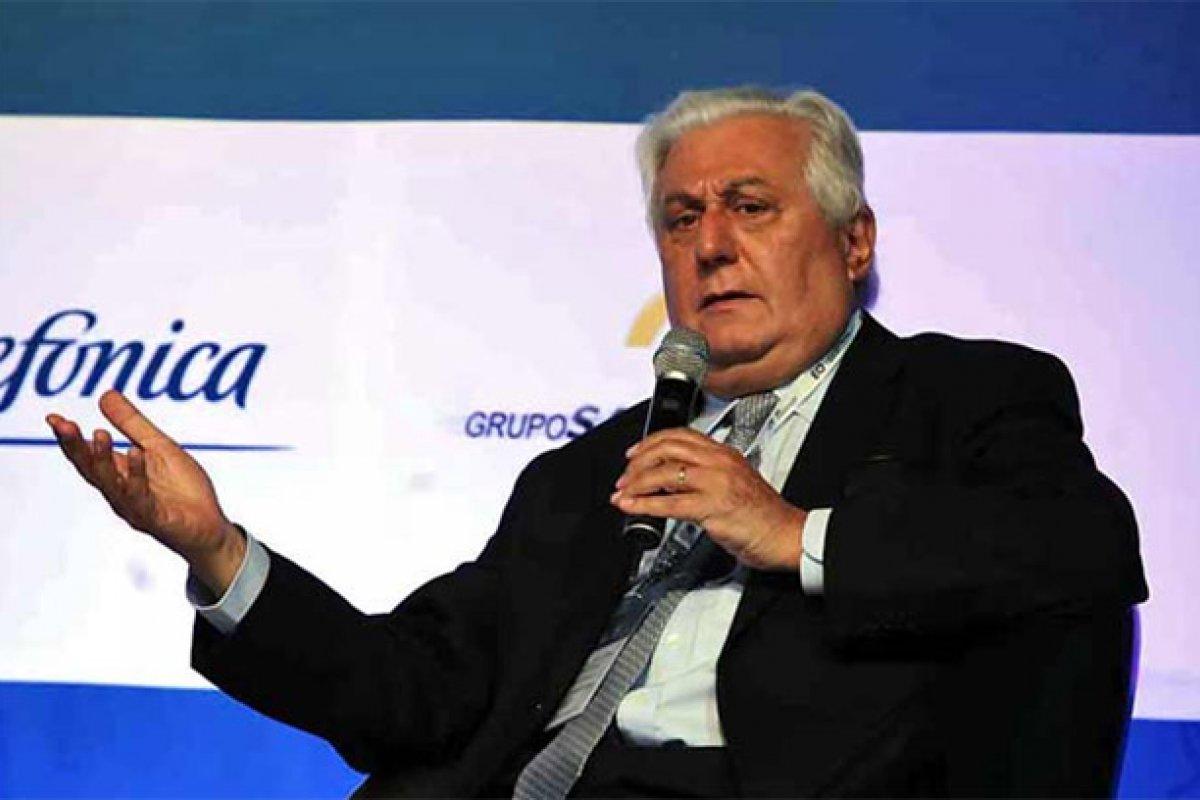 La reestructuración de costos y de líneas de producción es uno de los retos de Antonio Del Valle al frente de este holding.