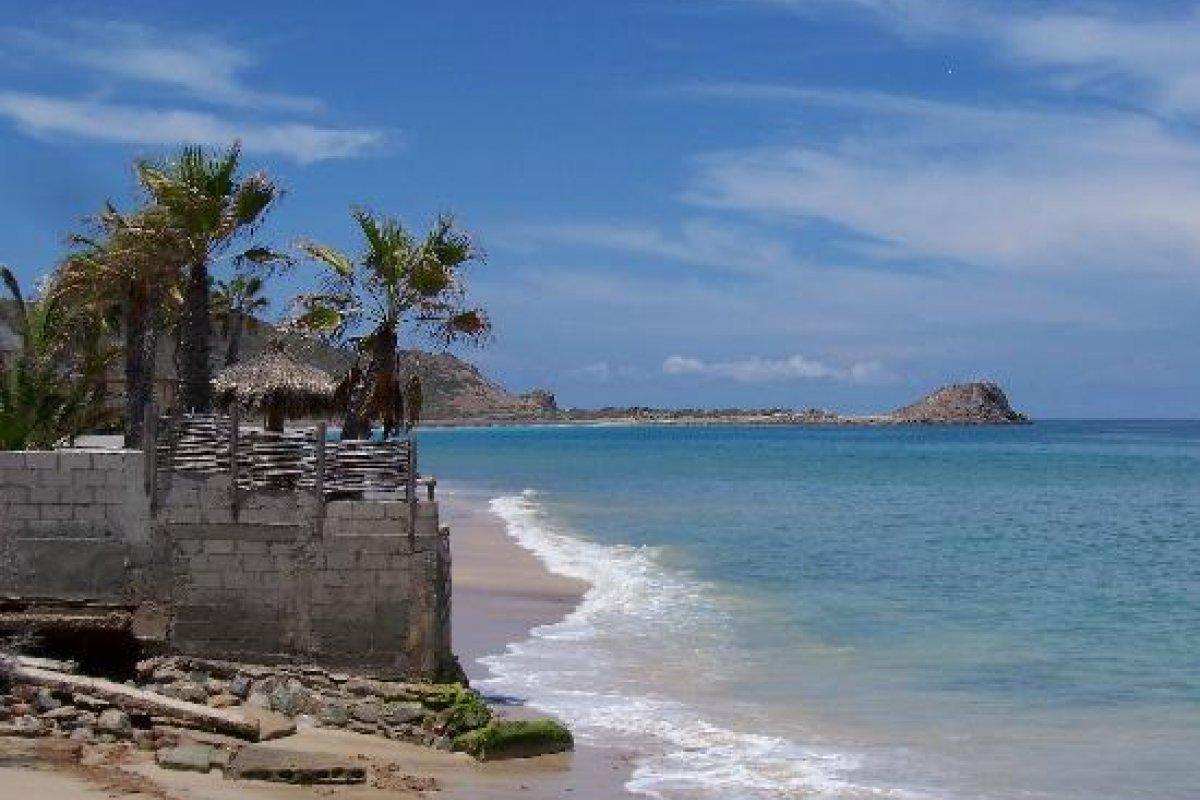 Ambientalistas defienden el equilibrio ecológico en la zona al arrecife declarado como patrimonio de la humanidad por la UNESCO.