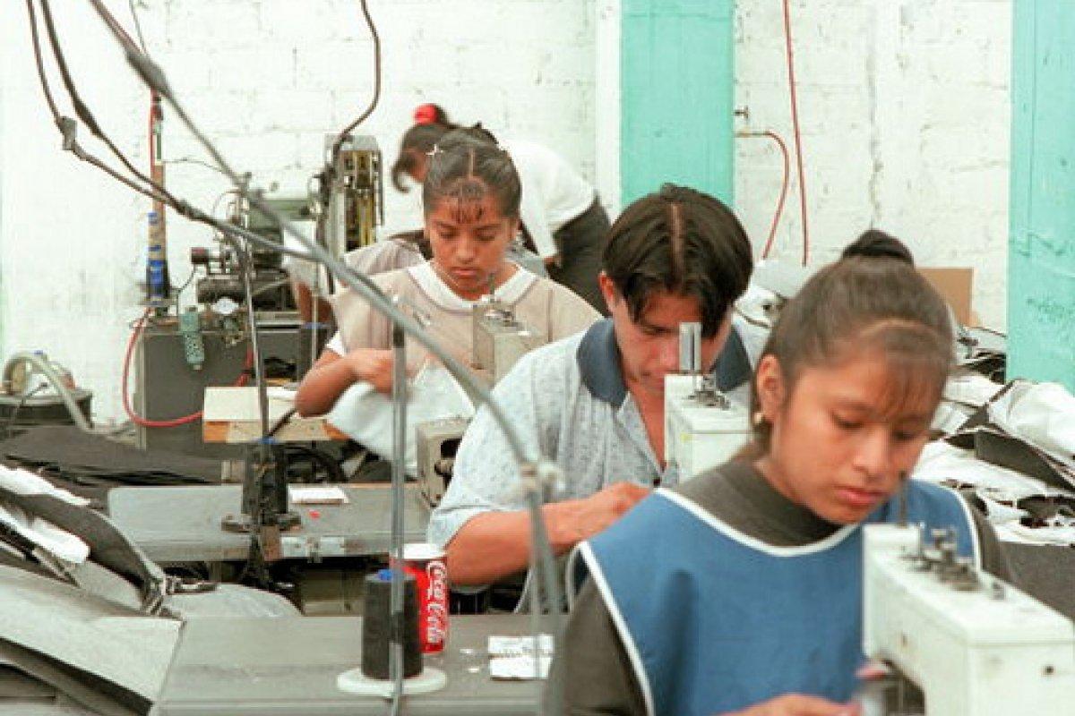 Tan cerca de Estados Unidos y tan lejos de México, los sindicatos en la frontera comienzan a generar sus propias políticas sociales.