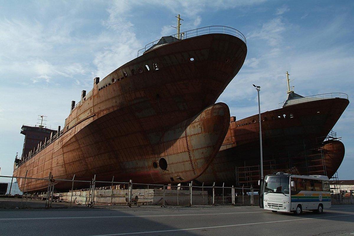 La intención de Pemex con esta compra será no solo la de obtener dos floteles ya pactados con HJB desde el año pasado.