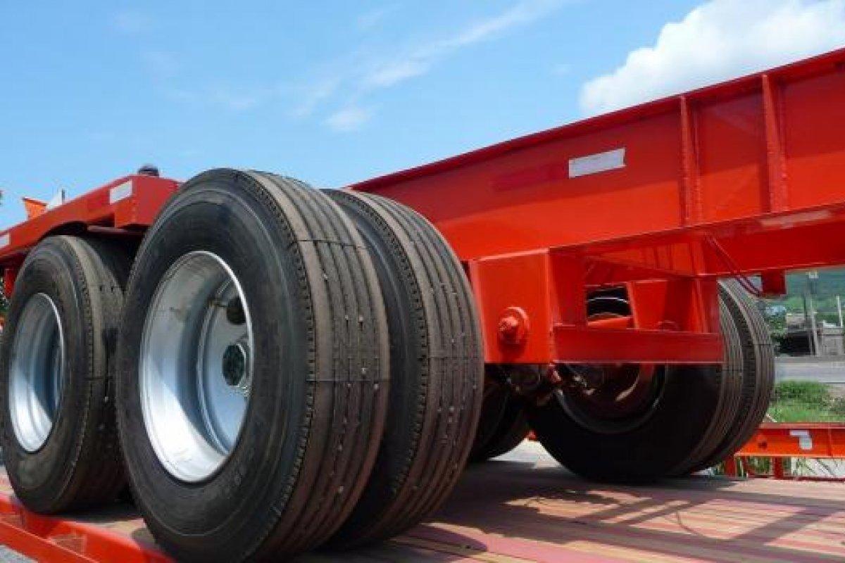 La Canacar participó en el panel de expertos de la SCT para determinar si en carreteras mexicanas es posible usar el doble remolque.