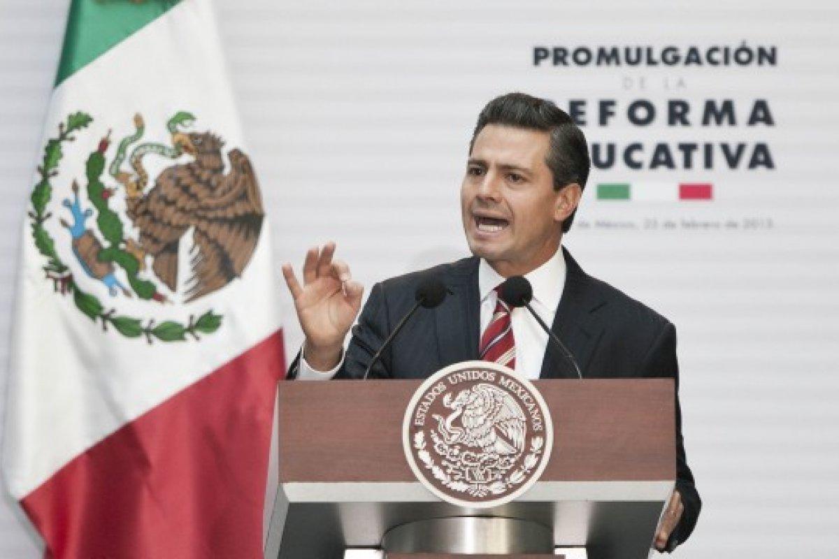 """El objetivo es """"hacer cumplir la reforma educativa en todo el país, sin excepción"""", advirtió Peña Nieto."""
