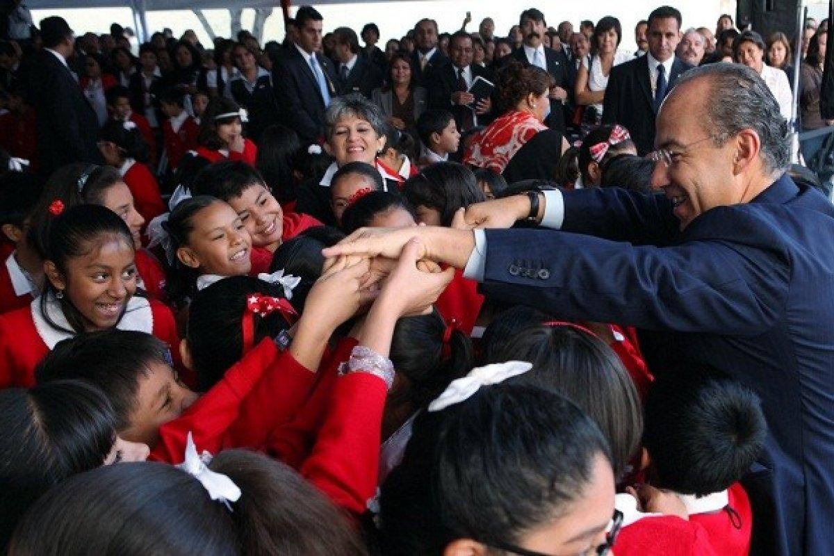 El sexenio de Calderón focalizó el gasto en educación básica, con más del 20% del gasto social total.