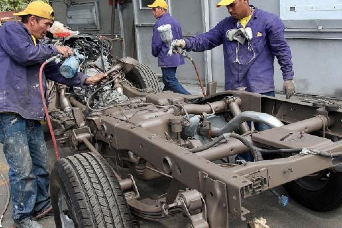 Propiciaron el ajuste a las cifras de empleo la fabricación de equipo de transporte y los productos derivados del petróleo.