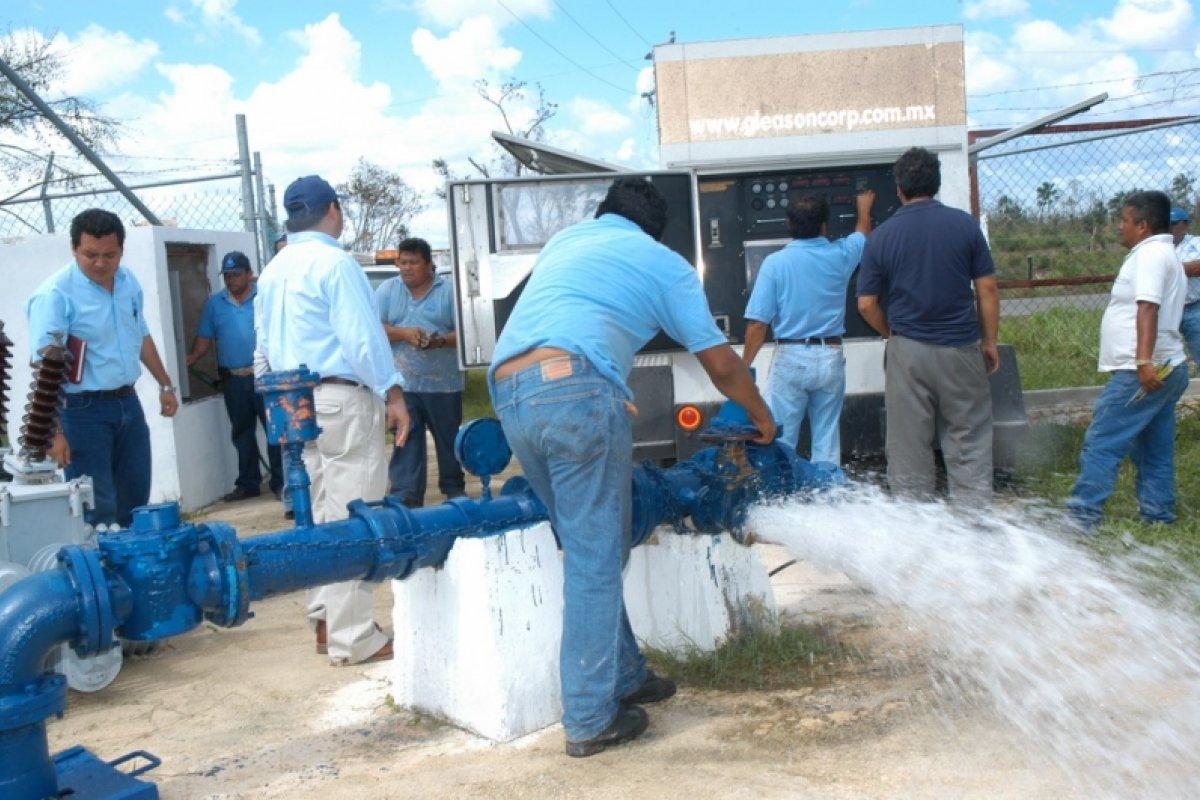 A través de Aguakán, GMD ofrece en Isla Mujeres un servicio que los usuarios califican como deficiente por los rezagos en materia de obras.