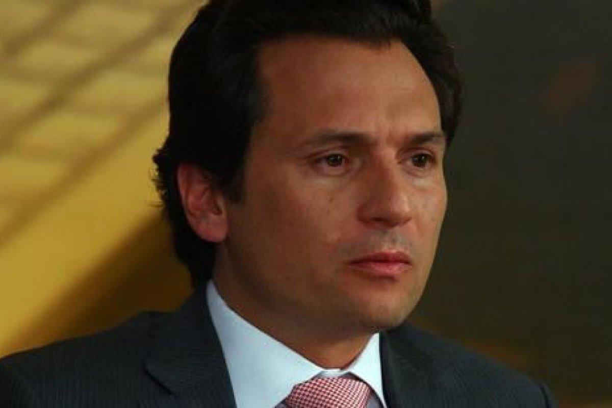 Prensa española señaló que Emilio Lozoya presenta un hartazgo ante su reiterado fracaso para incidir en la toma decisiones de Repsol.