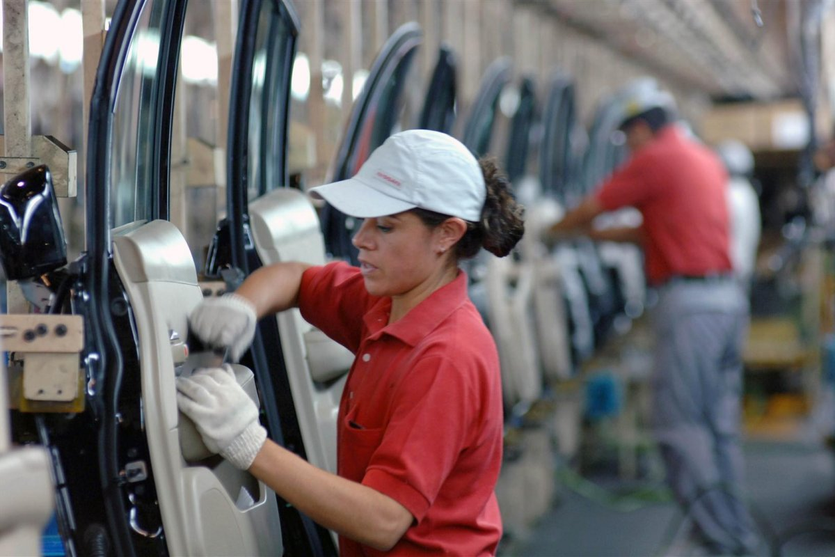 El valor de las exportaciones -recargadas principalmente en las manufacturas- ascendió a 34 mil 383 millones de dólares.