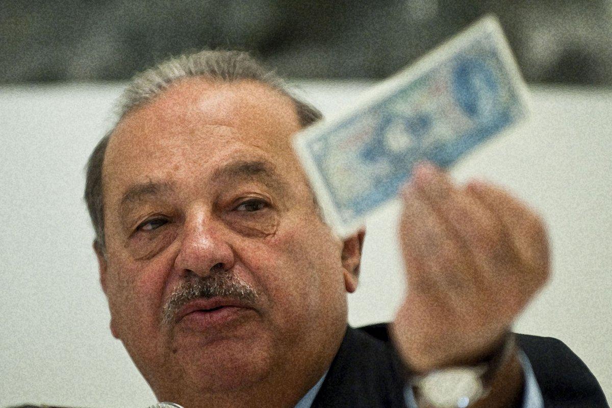 El empresario mexicano se apresta a desincorporar infraestructura de sus compañías.
